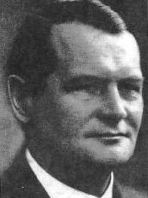 Jens Einar Meulengracht (1887 - 1976)