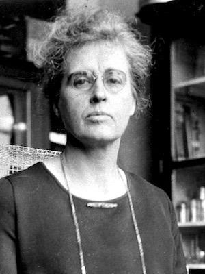 Winifred Mayer Ashby (1879 - 1975) 300