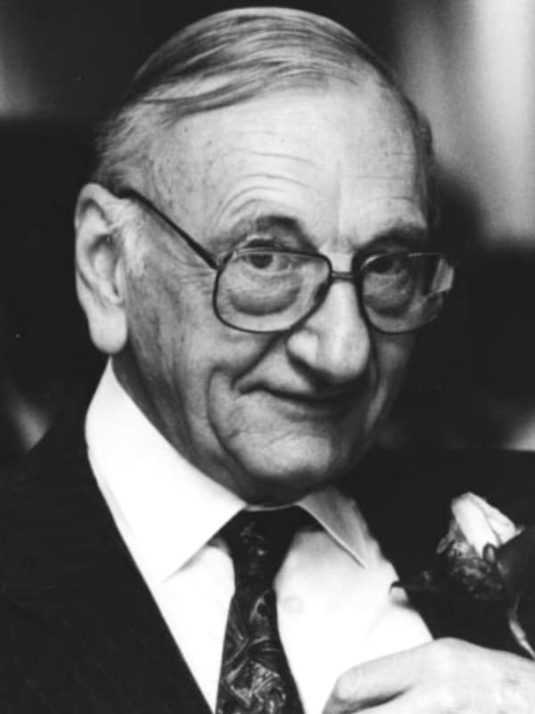 Gordon Jackson Rees (1918 – 2001) 600